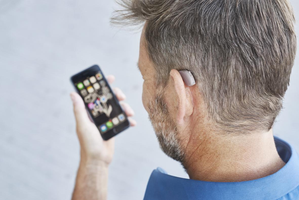 Beltone HearPlus Man Neck iPhone