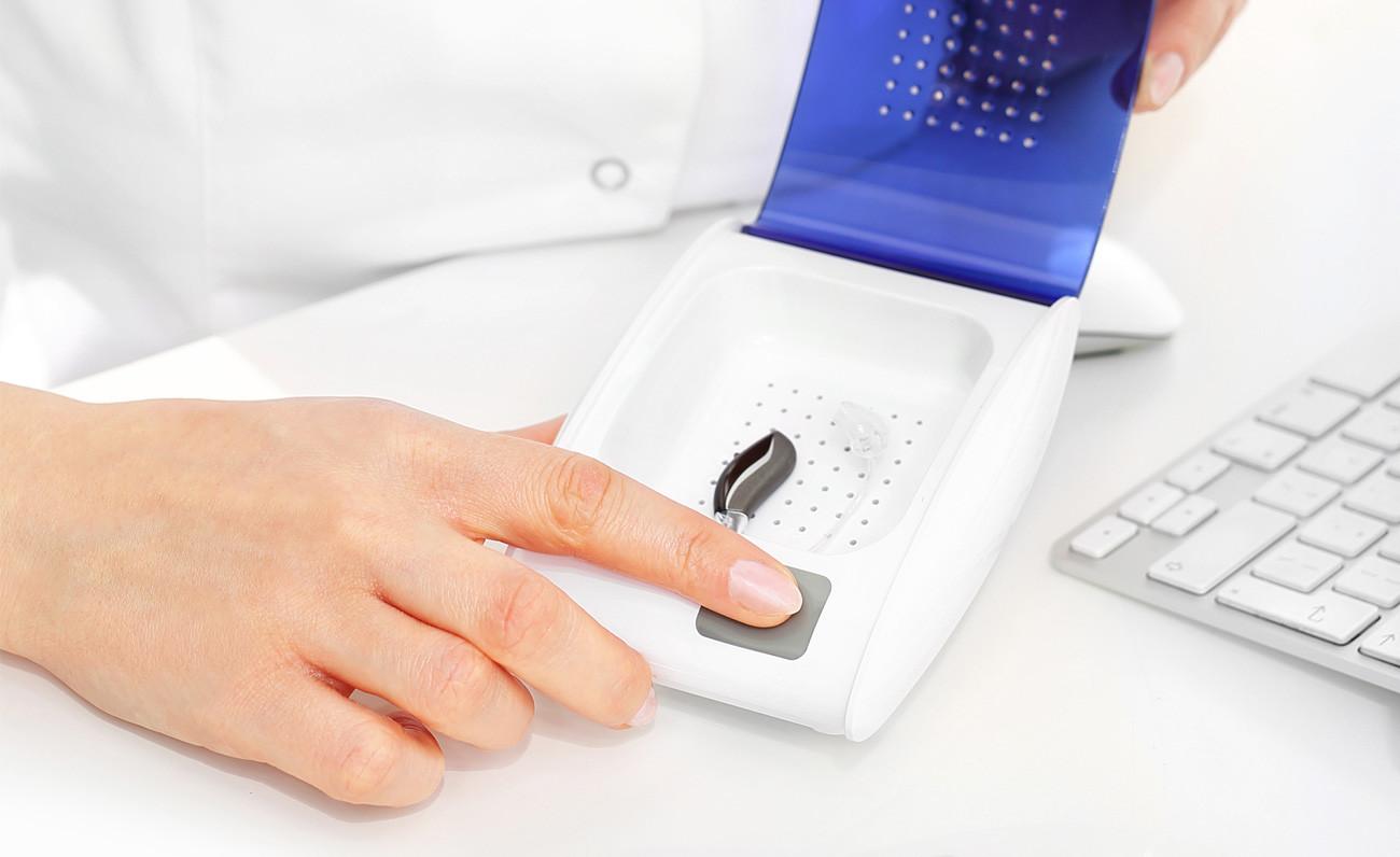 tablon-se-necesita-audioprotesista-GA